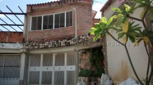 Casa En Ventaen Maracay, Villas Antillanas, Venezuela, VE RAH: 21-7179