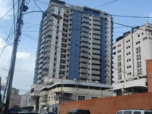 Apartamento En Ventaen Maracay, Zona Centro, Venezuela, VE RAH: 21-7180