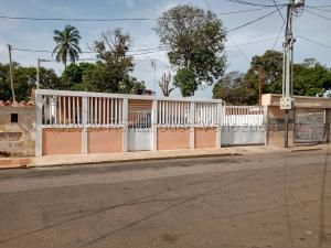 Casa En Ventaen Maracaibo, La Limpia, Venezuela, VE RAH: 21-7195