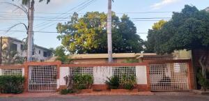 Casa En Ventaen Maracaibo, Zapara, Venezuela, VE RAH: 21-7197