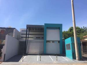 Edificio En Ventaen Maracaibo, Las Delicias, Venezuela, VE RAH: 21-7204