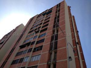 Apartamento En Alquileren Maracay, Bosque Alto, Venezuela, VE RAH: 21-7219