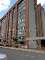 Apartamento En Ventaen Caracas, El Encantado, Venezuela, VE RAH: 21-7267