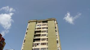 Apartamento En Ventaen Acarigua, Centro, Venezuela, VE RAH: 21-7240