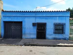 Casa En Ventaen Barquisimeto, Centro, Venezuela, VE RAH: 21-7246