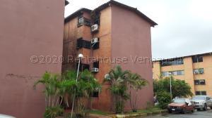 Apartamento En Ventaen Municipio San Diego, Yuma, Venezuela, VE RAH: 21-7264