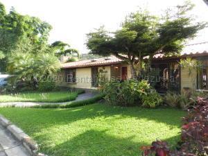 Casa En Ventaen Caracas, Alto Hatillo, Venezuela, VE RAH: 21-6717