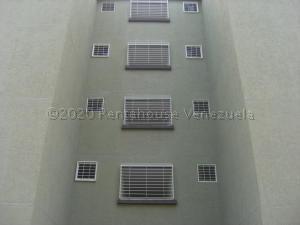 Apartamento En Ventaen Guatire, La Sabana, Venezuela, VE RAH: 21-7713