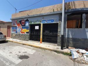 Local Comercial En Alquileren Barquisimeto, Zona Este, Venezuela, VE RAH: 21-7301