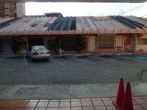 Local Comercial En Alquileren Cabudare, Centro, Venezuela, VE RAH: 21-7318