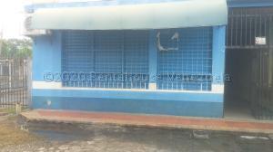 Local Comercial En Ventaen Cabudare, Almarriera, Venezuela, VE RAH: 21-7342