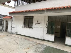 Casa En Ventaen Caracas, El Marques, Venezuela, VE RAH: 21-7395