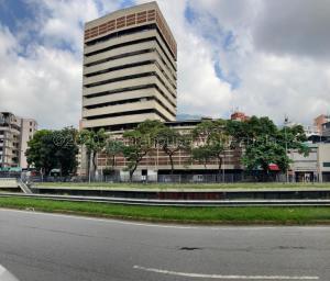 Local Comercial En Alquileren Caracas, La Florida, Venezuela, VE RAH: 21-7365