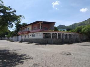 Casa En Ventaen Municipio San Diego, La Esmeralda, Venezuela, VE RAH: 21-7391