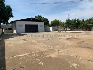 Galpon - Deposito En Alquileren Ciudad Ojeda, Cristobal Colon, Venezuela, VE RAH: 21-7399