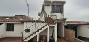 Casa En Ventaen Cabudare, La Piedad Norte, Venezuela, VE RAH: 21-7402