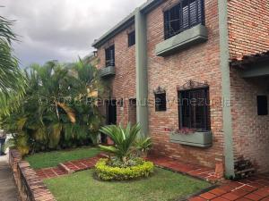 Casa En Ventaen Valencia, Parque Mirador, Venezuela, VE RAH: 21-7439