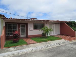 Casa En Ventaen Cabudare, Parroquia José Gregorio, Venezuela, VE RAH: 21-7434