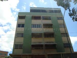 Apartamento En Alquileren Caracas, Los Rosales, Venezuela, VE RAH: 21-7441