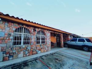 Casa En Ventaen Maracay, Los Samanes, Venezuela, VE RAH: 21-7470