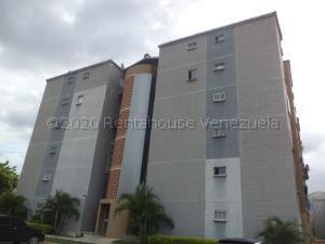 Apartamento En Ventaen Municipio San Diego, Terrazas De San Diego, Venezuela, VE RAH: 21-7478