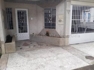 Casa En Ventaen Municipio San Diego, Monteserino, Venezuela, VE RAH: 21-7579