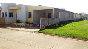 Casa En Alquileren Maturin, Tipuro, Venezuela, VE RAH: 21-7522