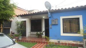 Casa En Ventaen Cabudare, Parroquia José Gregorio, Venezuela, VE RAH: 21-7553