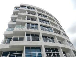 Apartamento En Ventaen Caracas, El Pedregal, Venezuela, VE RAH: 21-7600