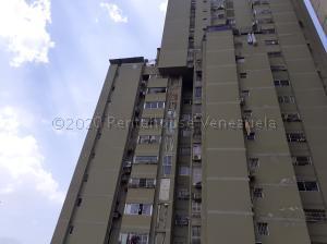 Apartamento En Ventaen Puerto La Cruz, Puerto La Cruz, Venezuela, VE RAH: 21-7615