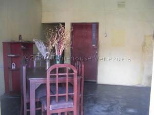 Casa En Ventaen Coro, Centro, Venezuela, VE RAH: 21-7614