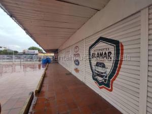 Local Comercial En Alquileren Barquisimeto, Centro, Venezuela, VE RAH: 21-7656