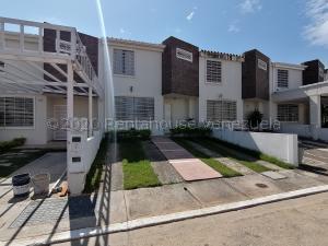 Casa En Ventaen Cabudare, La Piedad Norte, Venezuela, VE RAH: 21-7686