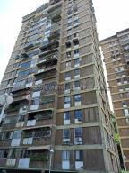 Apartamento En Ventaen Caracas, El Paraiso, Venezuela, VE RAH: 21-7691