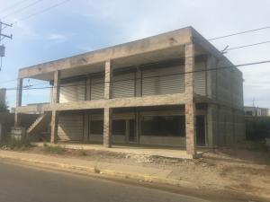 Local Comercial En Alquileren Ciudad Ojeda, Cristobal Colon, Venezuela, VE RAH: 21-7696