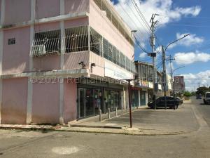 Local Comercial En Ventaen Ciudad Ojeda, Vargas, Venezuela, VE RAH: 21-7712