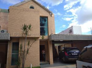 Townhouse En Ventaen Maracay, La Cooperativa, Venezuela, VE RAH: 21-7714