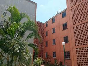 Apartamento En Ventaen Municipio San Diego, El Tulipan, Venezuela, VE RAH: 21-7721