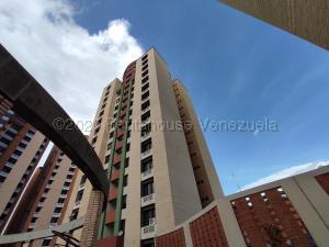 Apartamento En Ventaen Barquisimeto, Parroquia Santa Rosa, Venezuela, VE RAH: 21-7741