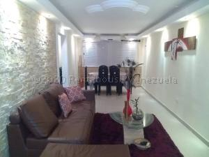 Apartamento En Ventaen Puerto La Cruz, El Maguey, Venezuela, VE RAH: 21-7754