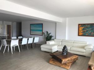 Apartamento En Ventaen Caracas, Loma Linda, Venezuela, VE RAH: 21-7752