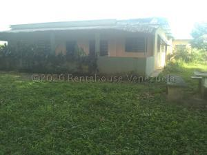 Terreno En Ventaen Ospino, Centro, Venezuela, VE RAH: 21-7771