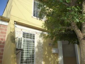 Casa En Ventaen Cabudare, La Mora, Venezuela, VE RAH: 21-7800