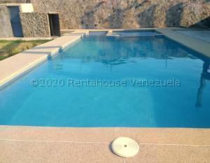 Casa En Ventaen Higuerote, Ciudad Balneario Higuerote, Venezuela, VE RAH: 21-7803