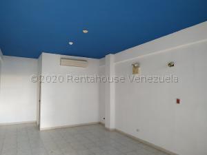 Oficina En Alquileren Municipio San Diego, Parque Industrial Castillito, Venezuela, VE RAH: 21-7808