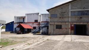 Galpon - Deposito En Ventaen Guatire, El Marques, Venezuela, VE RAH: 21-7811