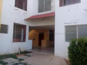 Apartamento En Alquileren Punto Fijo, Santa Fe, Venezuela, VE RAH: 21-7837