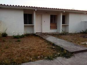 Casa En Ventaen Acarigua, Centro, Venezuela, VE RAH: 21-7864