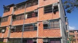 Apartamento En Ventaen Guarenas, Nueva Casarapa, Venezuela, VE RAH: 21-7850
