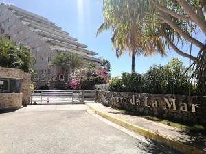Apartamento En Ventaen Margarita, El Morro, Venezuela, VE RAH: 21-7877